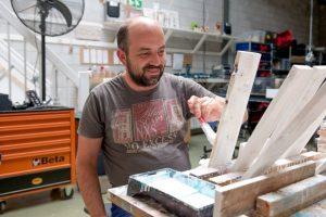 an schildert hout bij Houdt van Hout in Zwaag