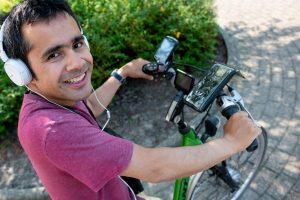 Maarten en zijn fiets met navigatie
