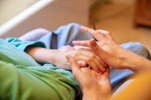 Handmassage op de Steg