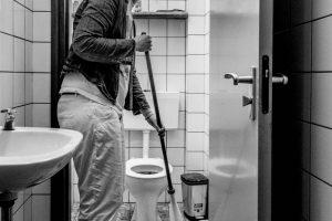 Sylvianne houdt van schoonmaken