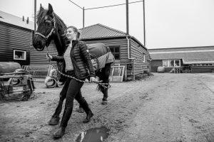 Ivette_met_paard_Klompenhoeve_esdege-reigersdaal-1