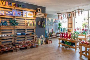 Interieur winkel Wideloe Skager AC Esdege-Reigersdaal